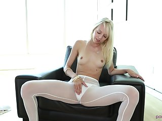 Blonde Sierra Nevadah pleases a join up by gender with him hard