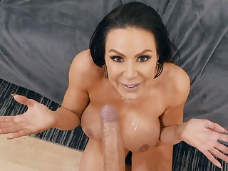 Crazy tripper milf compressing sex from porn male lead