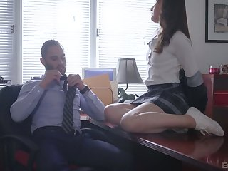 Stout naughty bachelorette chick Danni Rivers gets nailed off out of one's mind their way tutor on table
