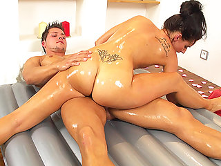 flexi slippery nuru massage gymnastic