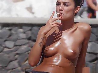 Topless Bikini Teens Beach Voyeur Sheet HD