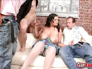 Off colour brunette Jasmine Black gets kissed and licked and sucked by three guys