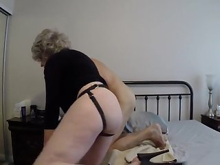 Grannyb Fucks A Gimp With A Strapon And Encircling