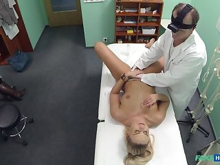 Sexy patient wants check up for her pussy